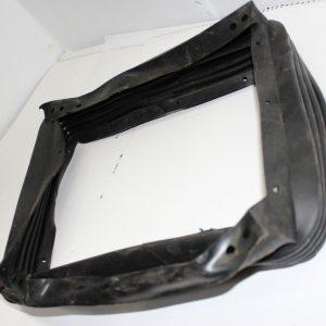 Чехол основания сиденья (гофра) 80в-6800108