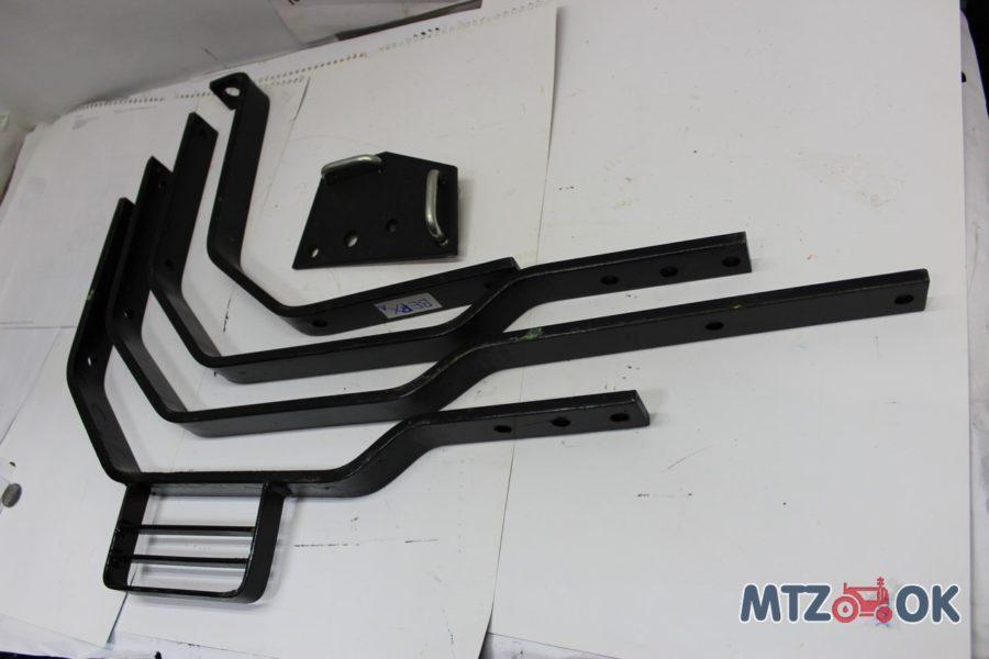 Кронштейн переднего крыла 10мм МТЗ дозатор к-т правый, левый