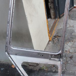 Дверь МТЗ левая кабины унифицир. (каркас) (пр-во МТЗ) неокрашенная